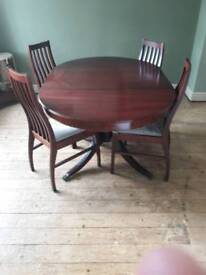 extending table n 4 chairs