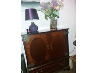 Tv mahogany unit
