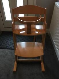 Baby Dan High chair 6 month +