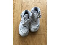 Nike Sneakers (child)