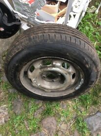 Wheel and tyre car