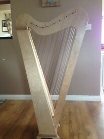 Derwent 29 harp for sale. 29 strings with F and C levers. Perfect for learners.