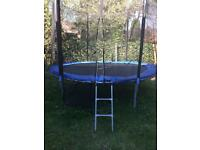 Trampoline with enclosure 10ft