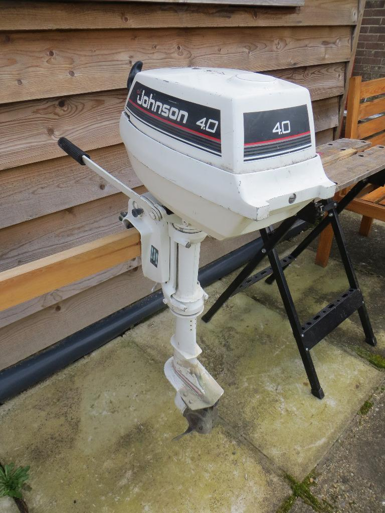 Johnson 4hp two stroke outboard motor with fuel tank for Gas tanks for outboard motors