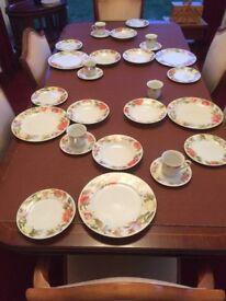 28 piece dinner set - dinner plates, side plates, bowls, cups & saucers