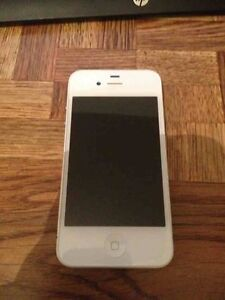 iPhone 4s 16g (bell)