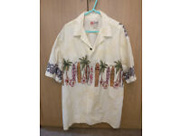 Hilo Hattie Hawaiian Shirt (XL). Vintage Shirt