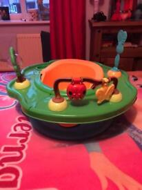 Baby play and feed booster seat