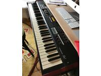 Hammond sk1 73 key + dampener pedal + usb