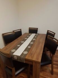 FOR SALE DINNING TABLE AND CHARIS
