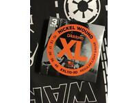 3x 10gauge D'addario strings
