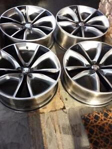 BRAND NEW TAKE OFF   2016 FACTORY OEM  20 INCH DODGE CHARGER ALLOY RIM SET OF FOUR.