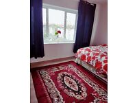 NICE DOUBLE BED ROOM ROOM TO RENT