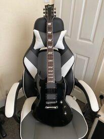 ESP LTD Viper 400 in Gloss Black