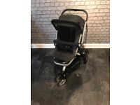 Quinny buzz 3 with car seat adapters and rain over