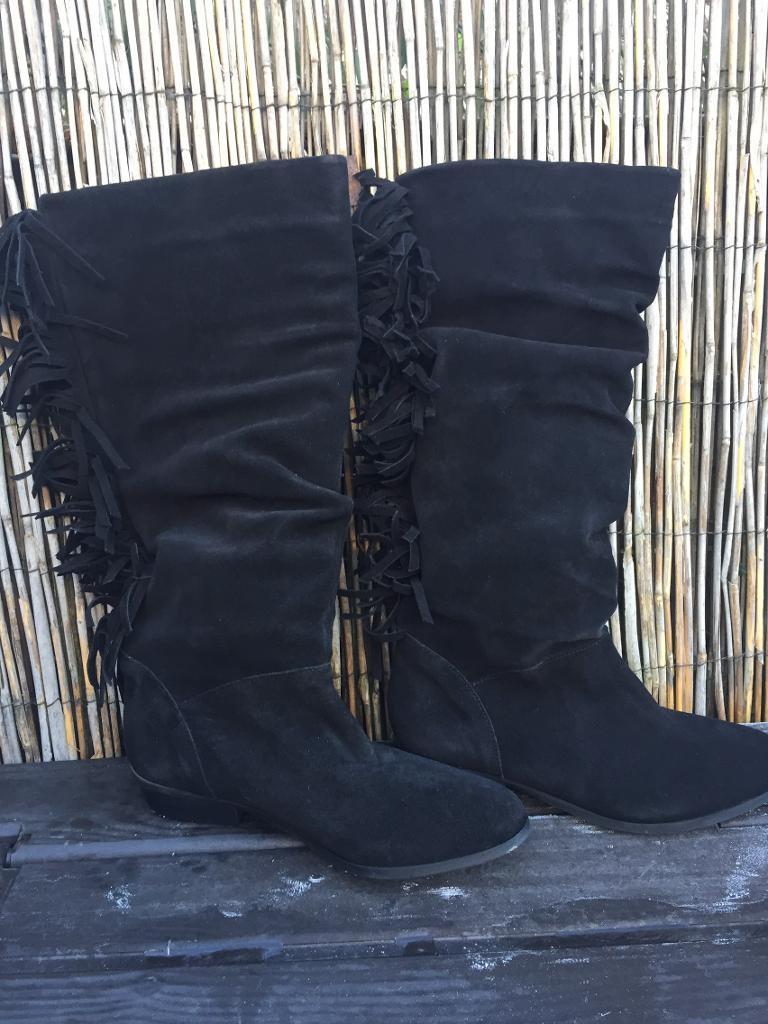 Black suede soft boots