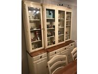 Ducal dresser unit display