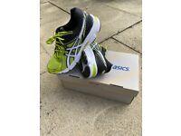Like New ASICS Running Gym Trainers Adult Size 6 Black Marathon Jogging