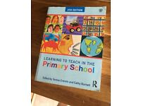 Learning to Teach in the Primary School 4th Edition.