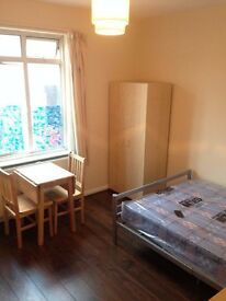 Double Bedsit available in Bexleyheath Town Center