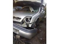 2001 VAUXHALL VECTRA 2.2 PETROL BREAKING FOR PARTS