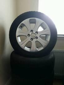 Vauxhall vectra cdti alloys good condition.