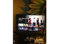 """Smart Ultra HD 4K 42"""" TV"""