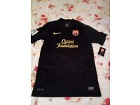 BNWT NIKE BARCELONA FC BLACK FOOT BALL SHIRT QATAR FOUNDATION SMALL