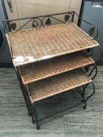 Set of 3 wicker table nest of tables