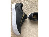 Black & Gold zip Vans size 4
