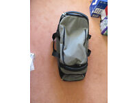 Nomad travel bag with wheels