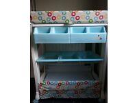 Babylo Bath Changer and nappy storage unit
