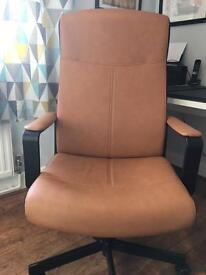 Desk Chair EXCELLENT condition
