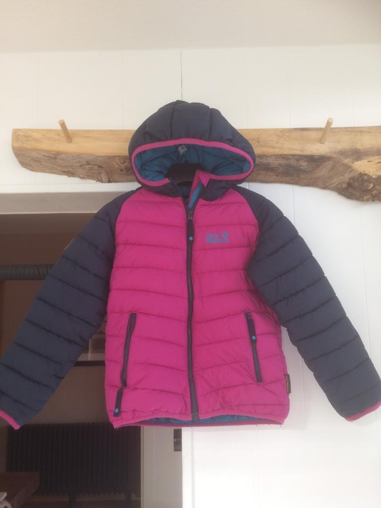 Kids down jacketin DundeeGumtree - Kids jack wolfskin down jacket age 7 to 8 in fantastic condition