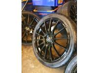 "19"" Black FOX Alloys & Tyres"