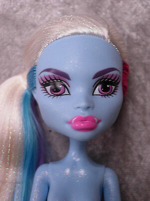MONSTER HIGH ABBEY BOMINABLE SCARIS CITY FOR FRIGHTS NUDE DOLL NEW