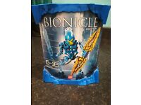 Bionicle Berix 8975 - factory sealed cannister. Very rare collectable.