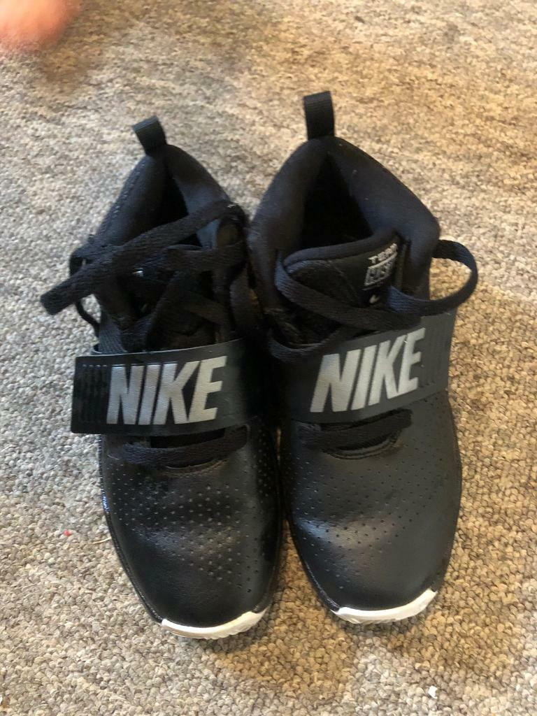 exclusive shoes professional sale price reduced Team Hustle D8 Childrens Basketball Trainers | in Bournemouth ...