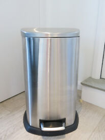 Large 70 litre Kitchen Bin