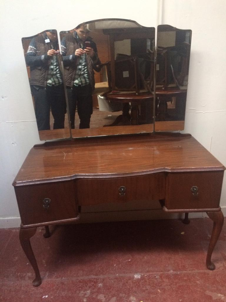 Vintage Queen Anne dressing Table