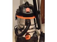 Silverline 806719 1500W Wet & Dry Vacuum Cleaner 30L