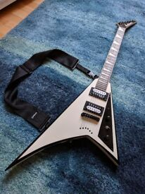 Jackson Rhoads JS32 white with black bevels - superb condition