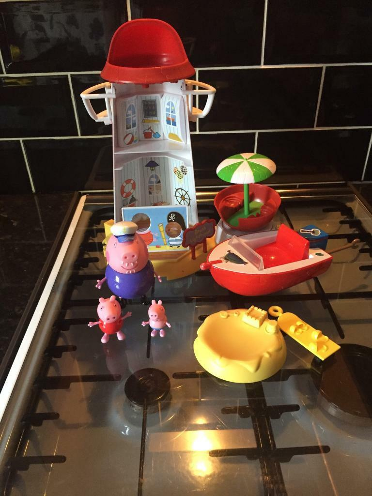 Peppa Pigin Plymouth, DevonGumtree - Peppa Pig light house and boat all in good condition from a smoke home