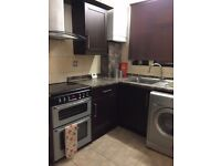 Shoreditch Park N1 --- Amazing 4 Bed Flat With Garden ---- 726pw --- N1 6JP ----