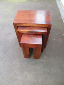 Nest of tables x 3 - Solid dark wood