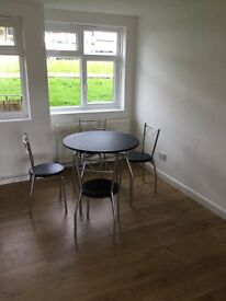 Crystal Palace 1 bed newly decorated flat