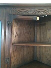 Old charm corner unit