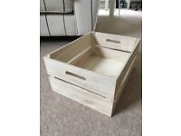 4 x light wooden crates