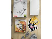 Nintendo NEW 3DS XL Rare Pearl White Console & Pokemon Sun + Charger + AR Cards