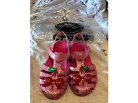 Crocs - cherry size 10